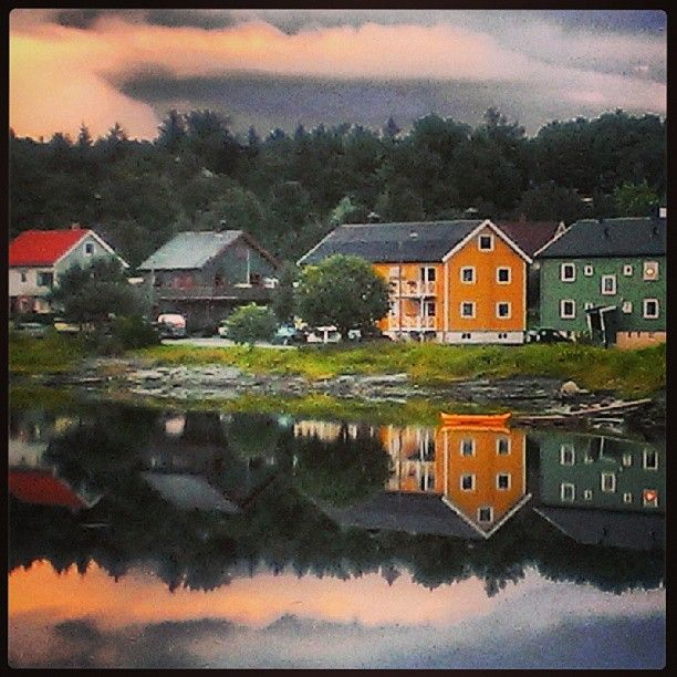 Kveldsstemning i Brønnøysund.