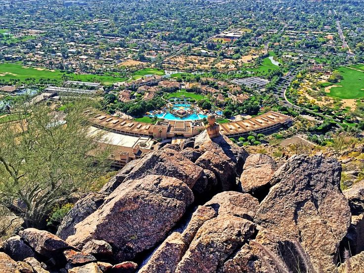 Scottsdale Homes For Sale in the $800,000's https://fitzgeraldluxurygroup.com/scottsdale-homes-sale-800000s?utm_content=buffer4f634&utm_medium=social&utm_source=pinterest.com&utm_campaign=buffer