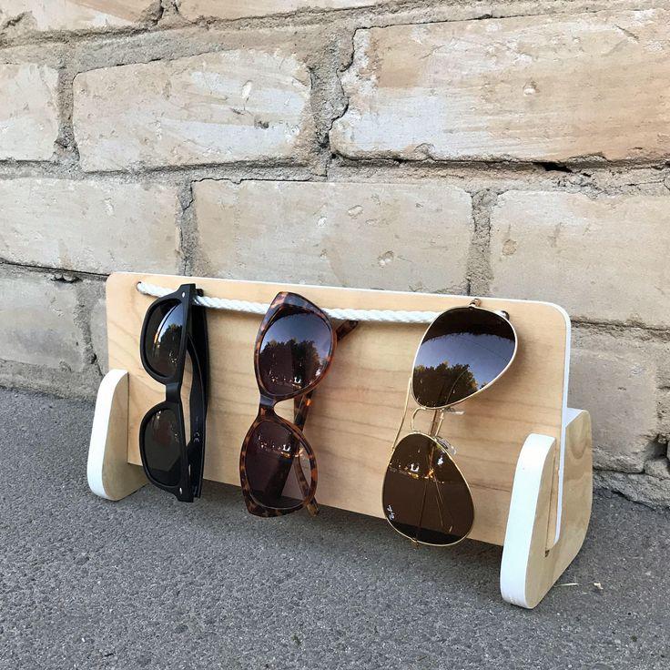 sostenedor de los vidrios, gafas de sol de soporte, organizador, organizador, porta anteojos, gafas de sol pantalla, almacenamiento de gafas de sol, caja de gafas de sol de gafas de NiceThingsShop en Etsy https://www.etsy.com/es/listing/523249623/sostenedor-de-los-vidrios-gafas-de-sol