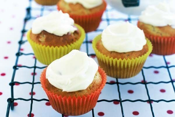 Sweet days are here to stay with these moist banana cupcakes with cream cheese frosting.