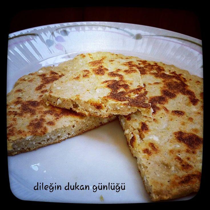 Peynirli Bazlama ( Atak, Seyir, Güçlendirme)  Malzemeler:  ·         3yk yulaf kepeği veya yulaf kepeği karışımı  ·         1yumurta beyazı  ·         3yk lor peyniri  ·         tuz  ·         Kabartma tozu  Hazırlanışı:     Bütün malzemeler karıştırılıp krep tavasına dökülür. Kısık ateşte önlü arkalı pişirilir...