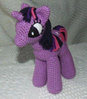 My Little Pony - Unicorn - Crochet Free Pattern!                                                                                                                                                                                 Más