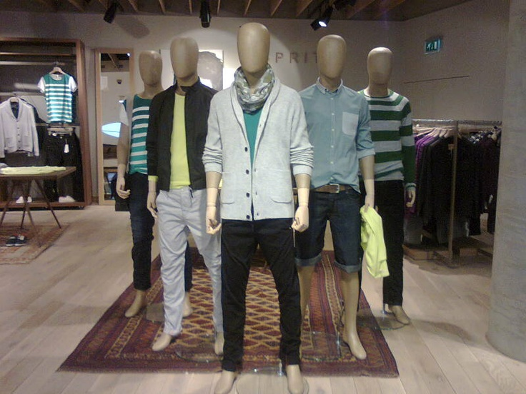 Men's Trend Mannequin Formation