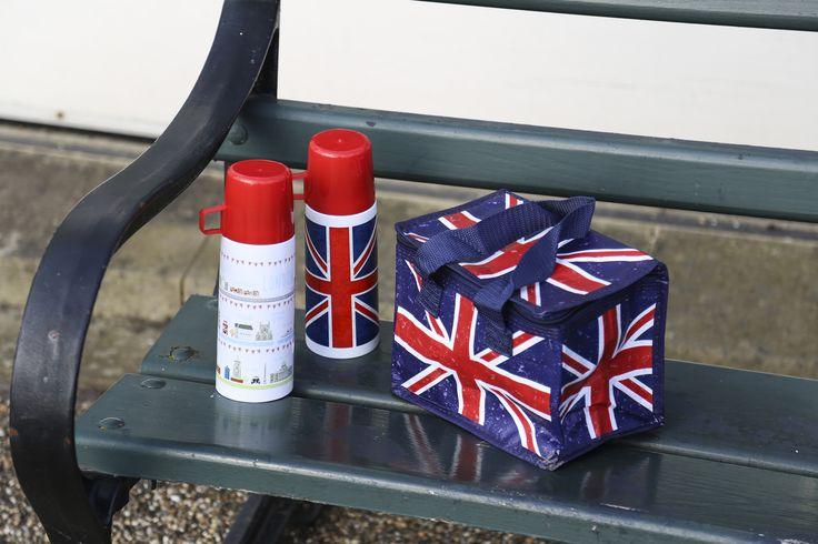 Praktické termosky a termotašky s trendy motivem #UnionJack #London #coolbag #flask