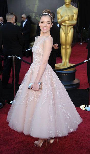 Hailee Steinfeld in Marchesa - 2011, oscars, The Best Oscar Dresses Ever, red carpet