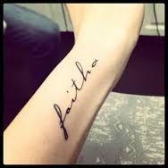 TATTOOS INNMEJORABLES Tenemos los mejores tatuajes y #tattoos en nuestra página web www.tatuajes.tattoo entra a ver estas ideas de #tattoo y todas las fotos que tenemos en la web.  Tatuajes Pequeños #tatuajesPequeños