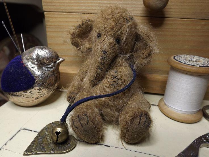 Bears Gallery - Barney Bears Boutique