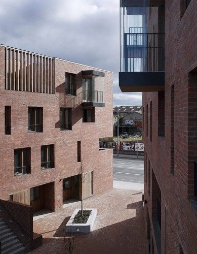 Timberyard Social Housing / O'Donnell + Tuomey Architects | ArchDaily
