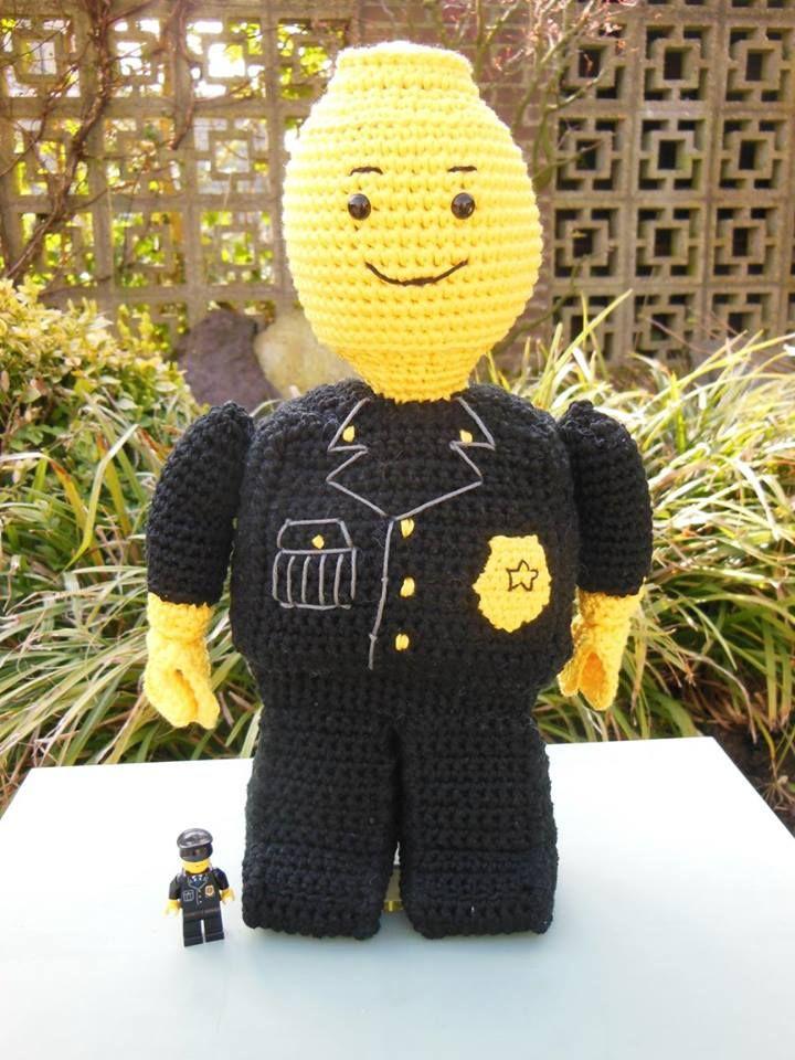 Gehaakt lego poppetje <3 Crochet lego man <3
