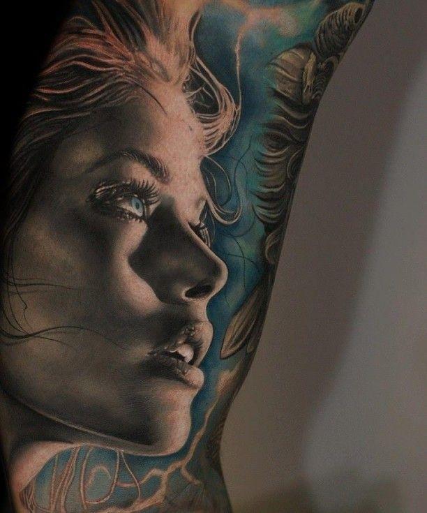 Tattoo junge Frau Porträt in 3D