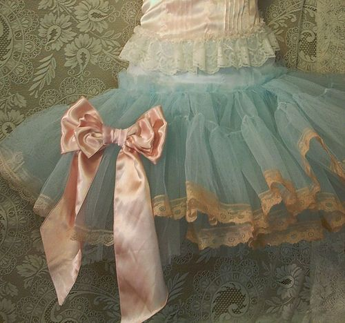 Lace on tutuLittle Girls, Tutu, Blue, Vintage, Pink Bows, Ballet Costumes, Tulle, Mary Antoinette, Flower Girls