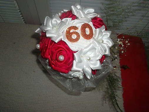 MelinetDecorCrochet / Kytica k 60.narodeninám