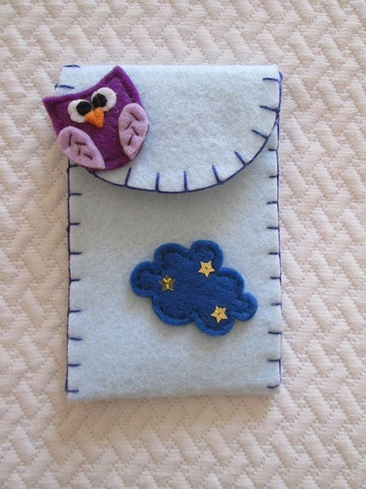 Felt Phone cover with Owl and Starry Cloud Felt by TinyFeltHeart