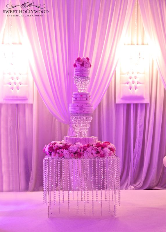 Sweet Hollywood Were Delighted To Create A Luxury Bespoke Wedding Cake For Our Clients Roma