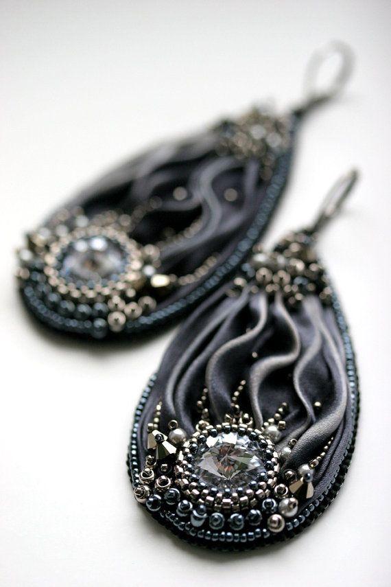 Cool Ash Shibori Earrings by ZuziHake on Etsy