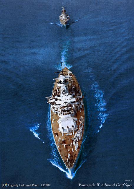 KSM Admiral Graf Spee - Incrociatore pesante Classe Deutschland - Caratteristiche generali: Dislocamentostandard 11.900 t a pieno carico 16.200 t Lunghezza187,9 m Larghezza21,6 m Pescaggio7,4 m PropulsioneOtto motori diesel MAN doppia azione a due tempi, due eliche, 52.050 CV (40 MW) Velocità 28,5 nodi  (53 km/h) Autonomia8.900 mn a 20 nodi (16.500 km a 37 km/h) o 19.000 mn a 10 nodi (35.000 km a 18,5 km/h) Equipaggio1.150