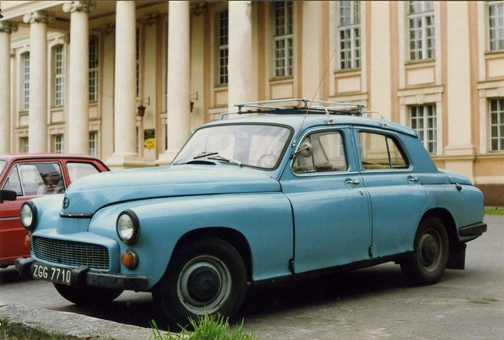 Warszawa, modèle de berline produite par FSO.
