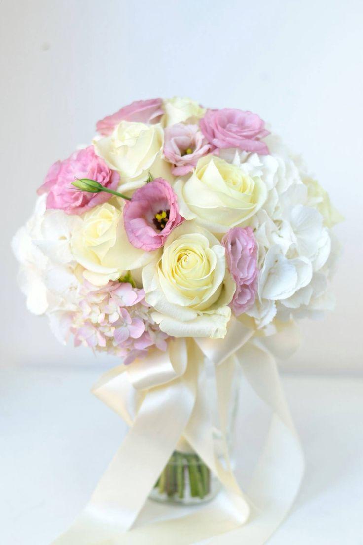 Wedding bouquet / vjenčani buket / cvijece za vjencanje / pollak cvijece
