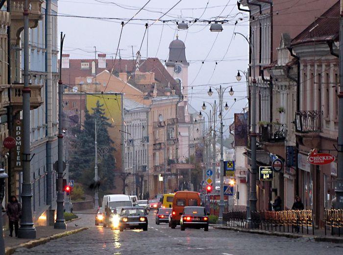 Черновцы. Часть 1: Главная улица и городская среда: varandej