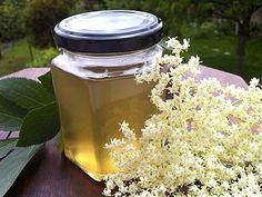 GELEE DE FLEURS DE SUREAU (4 ou 5 ombelles de fleurs de sureau, 1.5 litre d'eau,  1 kg de sucre, 1 jus de citron, 4 g d'agar agar)