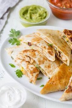 This 30-minute chees This 30-minute cheesy chicken quesadillas...  This 30-minute chees This 30-minute cheesy chicken quesadillas recipe is super quick and easy weeknight dinner made delicious! Recipe : http://ift.tt/1hGiZgA And @ItsNutella  http://ift.tt/2v8iUYW