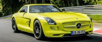 Sulley Muntari baast in een Mercedes G63 AMG 6×6 - Autoblog.nl