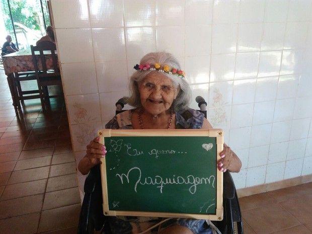 'Projeto Envelhecer' arrecada presentes para idosos em Guajará - http://anoticiadodia.com/projeto-envelhecer-arrecada-presentes-para-idosos-em-guajara/