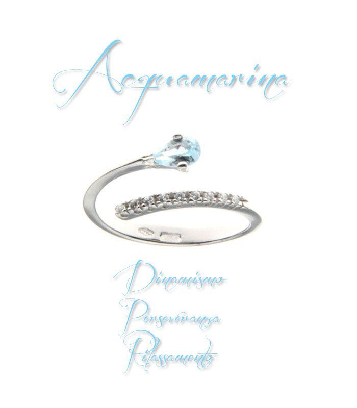 #anello #solitario in oro bianco con zirconi e #acquamarina.  http://www.gioielloitaliano.net/anelli/oro/bianco/anello-in-oro-bianco-18-kt-con-zirconi-e-acquamarina.html