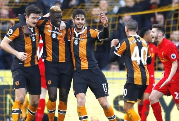 EPL: Hull City stun Liverpool 2-0: Alfred N'Diaye and Oumar Niasse scored in each half as lowly Hull City stunned Liverpool 2-0 at the KCOM…
