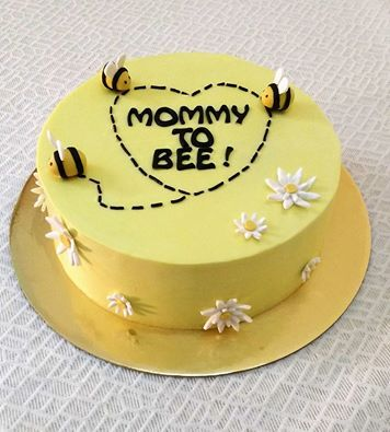 Cake for a Mommy to Bee