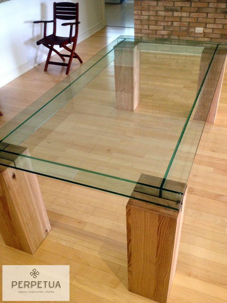 Perpetua muebles perpetua muebles madera mesa for Comedores de madera con cristal