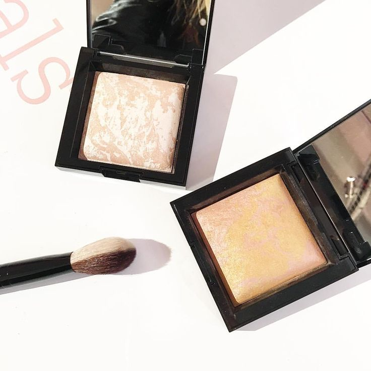 New highlighters from Bare Minerals launching in Jan in the U.K. Big Hourglass dupe!