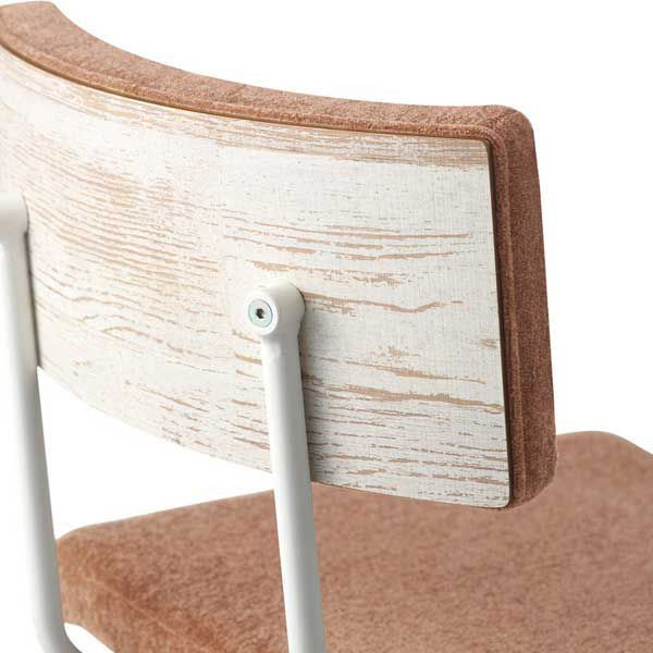 店舗業務用家具/ハイカウンター椅子MATERIII マテールIII木目柄のバックパネルが印象的なデザインカウンターチェアです。レトロで個性的な空間を演出します。□脚:ブラック・ホワイトから選択□張り地:Aランク〜 画像の張り地ランクはDランク布T-4168、Dランクモグ08【価格は、張り地Aランクのお値段です。】□サイズ:幅43 奥行51 高さ98 座高70(cm)【張り地ランク別卸値販売価格】A/¥23004 B/¥23652 C/¥24300 D/¥24948 E/¥25596 Fランク/¥26244※2万円以上ご購入の送料無料は一部地域を除きます。区分:バー カウンター , カウンターチェア ,カウンターチェア 木製 ,業務用 カウンターチェア,店舗用 カウンターチェア,店舗 カウンターチェア