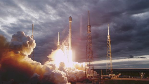 SpaceX launch up in the air as NASA troubleshoots glitch aboard space lab