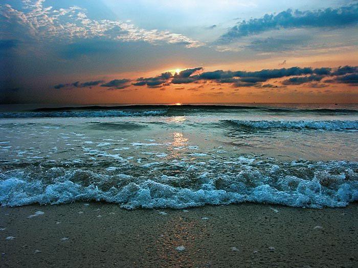 Black Sea Romania http://funnypicturesimages.com/images/image/black-sea-romania-02.jpg