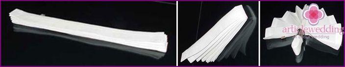 Bryllup servietter til borddekoration med hænderne: de ideer og instruktioner med fotos