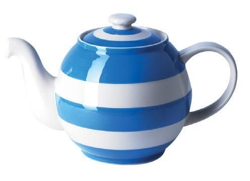 Cornish Ware, large Cornish blue 'Blue Betty' 56-ounce teapot, in the famous blue and white stripes from T. G. Green