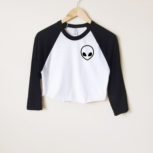Alien Head Raglan T ($22) ❤ liked on Polyvore featuring tops, t-shirts, black, crop tops, women's clothing, raglan baseball tee, vintage baseball tee, crop top, baseball t shirt and black tee