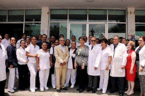 """Inauguraron en Michoacán ampliación del Área de Consulta Externa en el Hospital General """"Dr. Miguel Silva"""" - http://plenilunia.com/novedades-medicas/inauguraron-en-michoacan-ampliacion-del-area-de-consulta-externa-en-el-hospital-general-dr-miguel-silva/35687/"""
