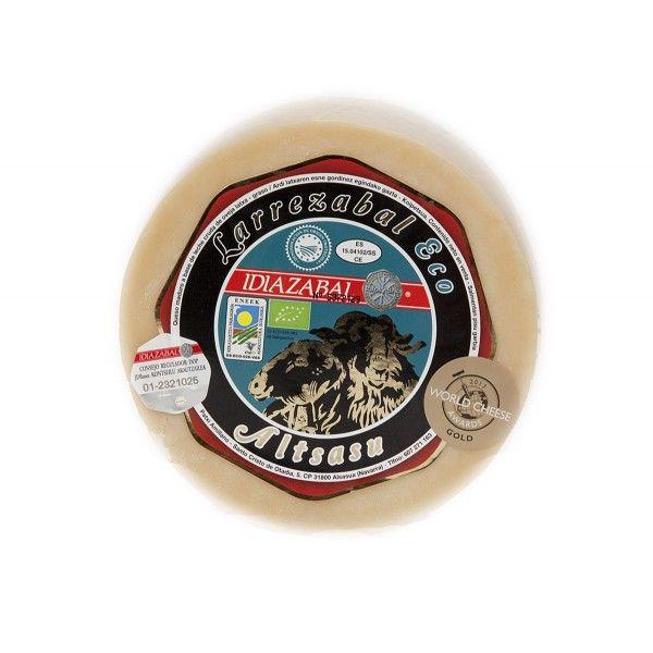 Queso ecológico semicurado Larrezabal DO Idiazabal 1,3 Kg.