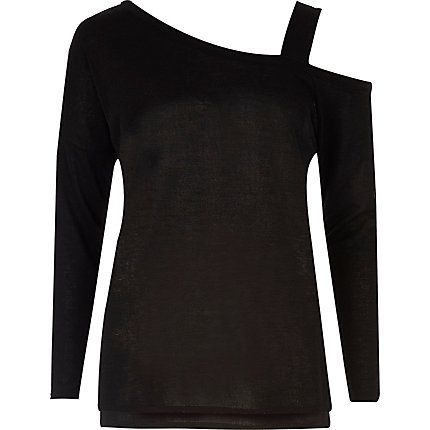 Black knitted asymmetric one shoulder top £26.00