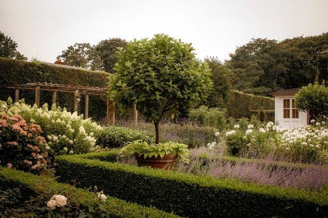 215 best ina 39 s home images on pinterest ina garten barefoot contessa and decks - Ina garten garden ...