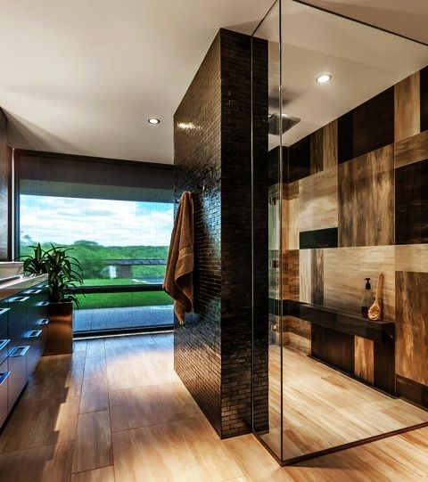 30 Dream Bathrooms with Breathtaking Views Un baño a lo Frank LLoyd  #TheRealEstateLabs