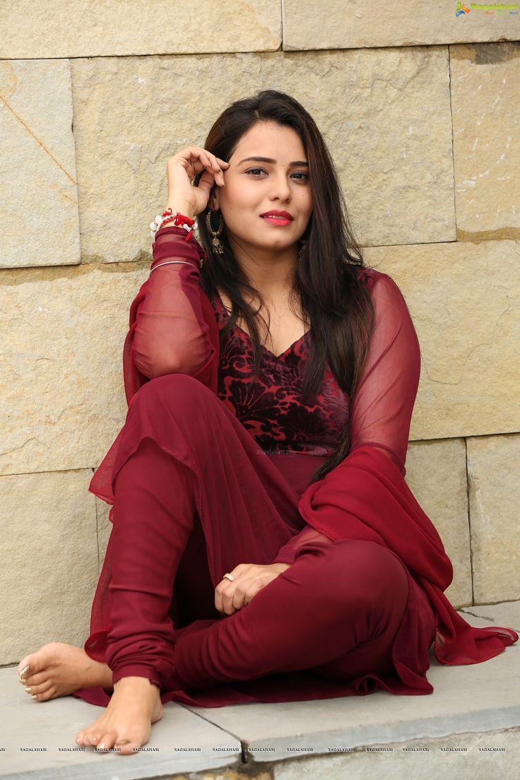 Shanvi Hot Telugu Actress Latest Photos - Indian Actress Wallpapers Photos and Movie Stills