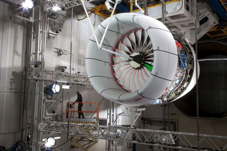 Rolls-Royce / Trent XWB on a Test Bed / Photography / 2012 #viaGlamour