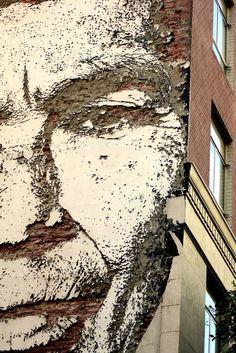 Vhils - Substraction Street artist . http://restreet.altervista.org/la-tecnica-esplosiva-di-vhils/