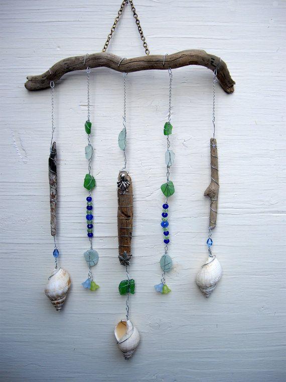 Driftwood Mobile Beach Charm Sea glass von SimplyCharmingukshop