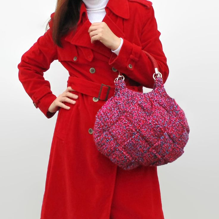 Cute women hand bag hand knitted with tweed red and blue soft wool blend.