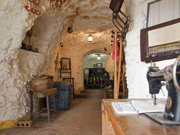House Cave  Sacromonte  Spain   27 Absolutely Stunning Underground Homes268 best Houses   Caves Cave living Waterfalls images on Pinterest  . Underground Cave Home. Home Design Ideas