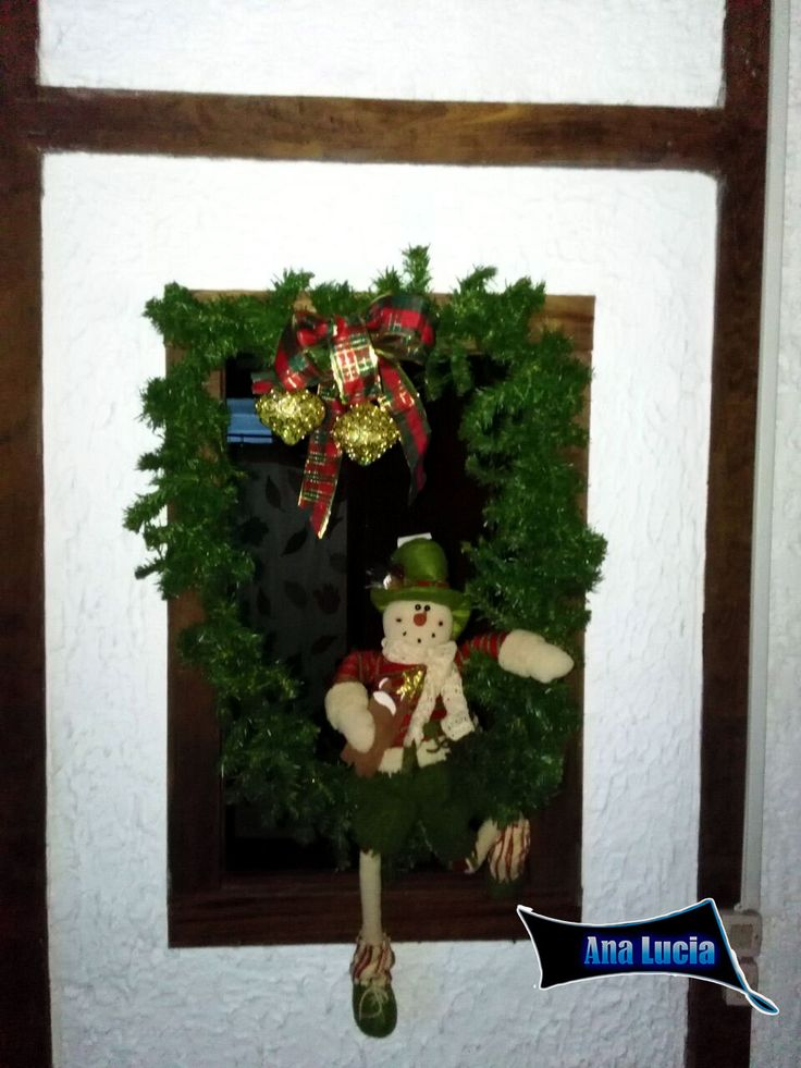 Adorno #navideño de muñecos estilo corona